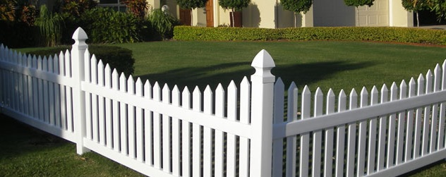 Everlast Vinyl Fencing of Calgary